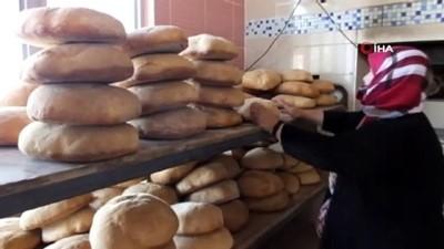 30 yıldır ev ekmeği yapıp satıyor