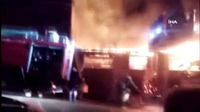 guvenlik onlemi -  Sultanbeyli'de metruk ev alev alev böyle yandı