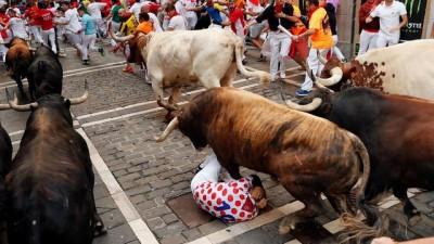 ispanya -  | San Fermin Festivali'nin 7. günündeki boğa koşusunda 5 kişi yaralandı