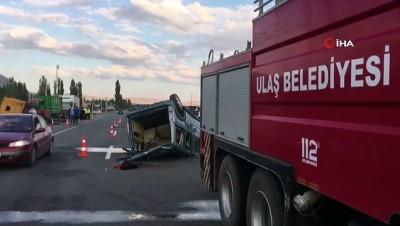 Hafif ticari araç önce tıra, sonra da traktöre çarparak takla attı: 1 ölü, 1 ağır yaralı