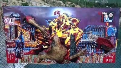 Asma Köprüde 15 Temmuz Şehitleri Temalı Serim Sergisi