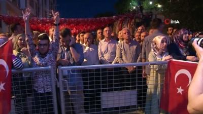 cumhurbaskani -  Mardin'de 15 Temmuz Anma etkinliğine yüzlerce vatandaş katıldı.