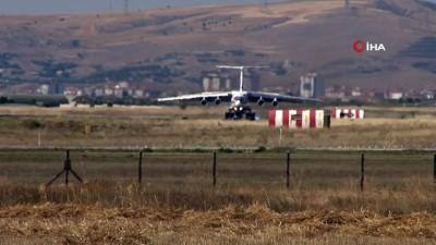 S-400 sevkiyatında onbirinci uçak Mürted'e indi