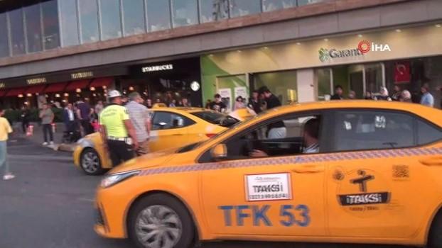 ticari taksi -  Taksim'de yayaya çarpan ticari taksi bağlandı