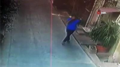 Beyoğlu'nda evlere dadanan hırsızlar kamerada