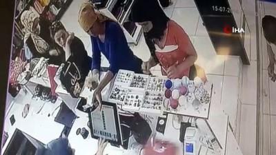 Kahramanmaraş'ta tırnakçı hırsızlar, dikkatli tezgahtarın engeline takıldı
