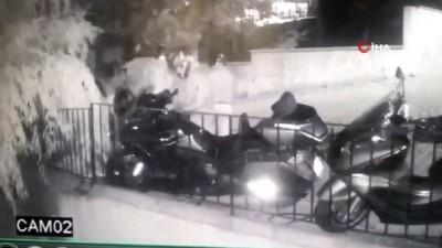 Ataşehir'de kasklı motosiklet hırsızlığı çetesi kamerada
