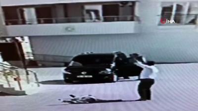 Kavgada yere yığılan adamın üzerinden arabayla böyle geçti Video