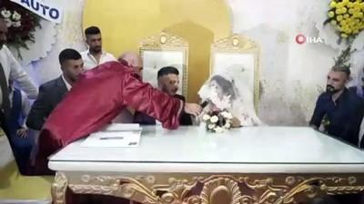 uzun omur -  Babasından sonra oğlunun da nikahını kıydı