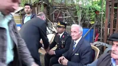 cenaze namazi -  Şehit binbaşının emekli başçavuş babası Rüştü Akkuş:
