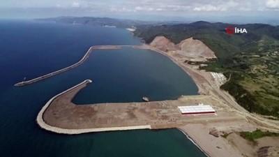 150 yıllık proje Karadeniz'de stratejik konuma sahip olacak...Filyos Limanı inşaatı havadan görüntülendi