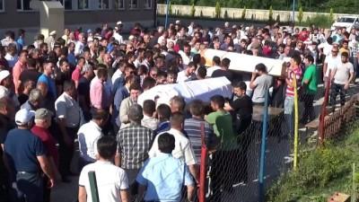 cenaze namazi -  Bartın'da boğularak hayatlarını kaybeden kuzenler toprağa verildi