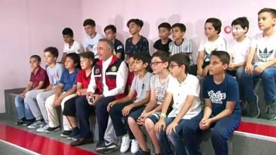 Sultangazi Belediyesi'nden bilinçlendirme eğitimleri