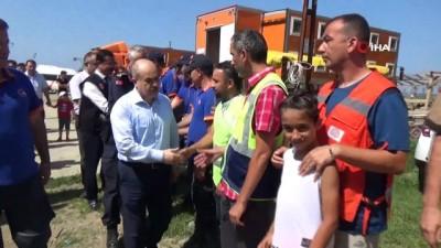 Sel bölgesinde 12 gün boyunca arama yapan ekipler bölgeden ayrıldı