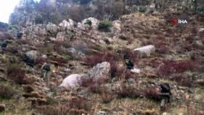 el bombasi -  Siirt'te etkisiz hale getirilen 2 PKK'lı teröriste ait mühimmat ele geçirildi