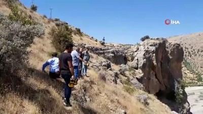 manama -  Adıyaman'da 1800 yıllık tripleks mağaralara ulaşıldı