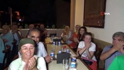ogretmenlik -  Burdur'da 40 öğretmen 33 yıl sonra bir araya geldi
