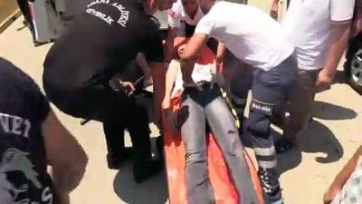 biber gazi - Duruşma çıkışı bıçaklı kavga: 4 yaralı - ADANA