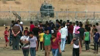 mermi - İsrail askerleri Gazze sınırında 30 Filistinliyi yaraladı (2) - GAZZE