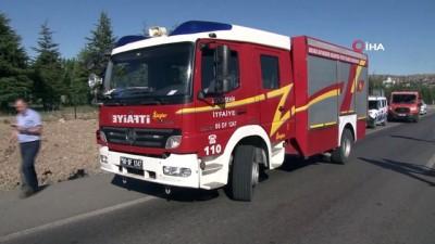 agir yarali -  Ankara-Kırıkkale Karayolu'nda 4 aracın karıştığı kazada 3 kişi hayatını kaybetti