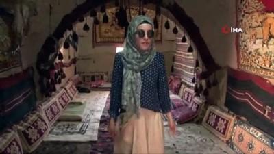Harran'ın kümbet evleri doğal serinliği ile turistlerin ilgi odağı