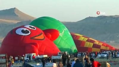 Kapadokya balon festivalinde muhteşem final