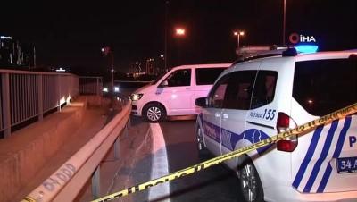 multeci -  Dur ihtarına uymayan polisten kaçarken kaza yaptı... Araç içinden 20 mülteci çıktı