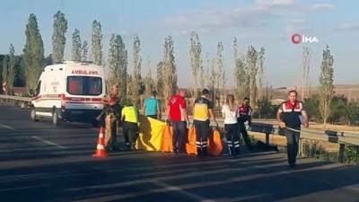 Otomobil motosiklete çarptı: 1 ölü, 4 yaralı