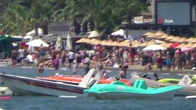 hava sicakligi -  Sıcak havada bunalan tatilciler plaja akın etti
