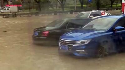 finans merkezi -  - Lekima Tayfunu Çin'i Vuruyor - Heyelana Neden Olan Lekima 13 Can Aldı