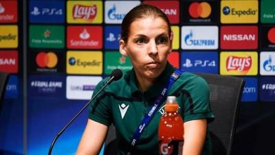 ingiltere - İstanbul'daki Süper Kupa finalinde gözler Fransız hakem Stephanie Frappart'ta