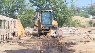 is makinesi -  Osmangazi'de kurban satış yerleri temizlendi