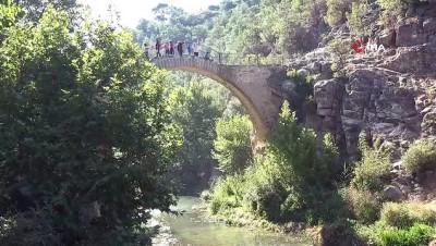 2 bin 500 yıllık 'Clandras Köprüsü' kentin yeni turizm merkezi oldu