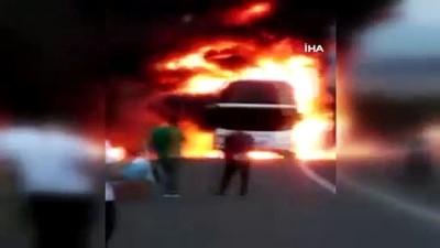 universite ogrencisi -  TEM'de seyir halindeki otobüs alev alev yanarak böyle küle döndü