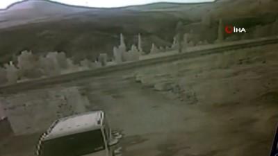 Araç defalarca takla attı, burunları bile kanamadı... O anlar kamerada
