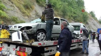 Bartın'da baba ve oğullarının can verdiği kazada otomobil düştüğü barajdan çıkarıldı
