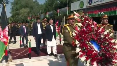 - Afganistan'da Patlamanın Gölgesinde Bağımsızlık Töreni