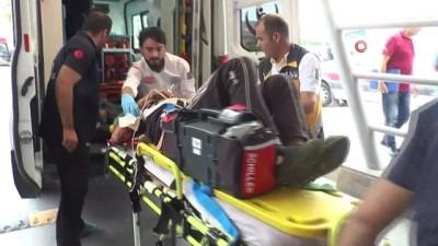 Minibüs ile tır çarpıştı: 7 ölü, 9 yaralı