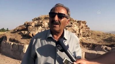 yuksek lisans - Ahlat'ta 883 yıllık kitabe bulundu - BİTLİS