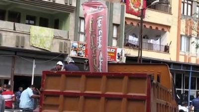 zabita - İş yerlerindeki Arapça tabelalar kaldırıldı
