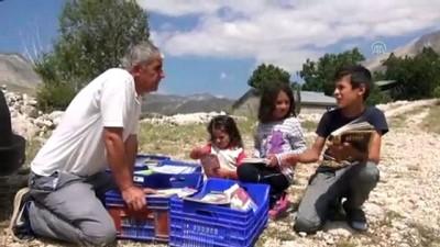 yaz gunleri - Torosların yaylalarına kitap taşıyorlar - ANTALYA