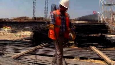 Yapımı hızla devam eden 400 yataklı Yalova Devlet Hastanesi inşaatı havadan görüntülendi