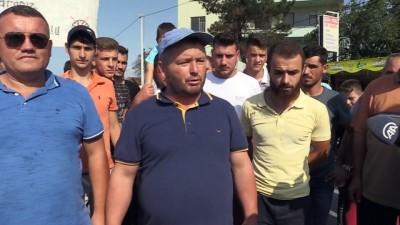 Kazalar nedeniyle yol kapatma eylemi - YALOVA