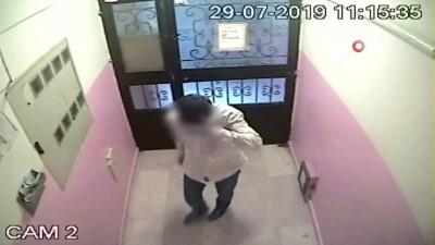 Gaziosmanpaşa'da bir evi soyan hırsız, önce güvenlik kameralarına ardından polise yakalandı