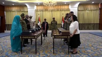 Sudan'da Devlet Başkanlığı Konseyi üyeleri yemin etti - HARTUM