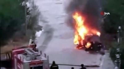 Park halindeki LPG'li otomobil alev topuna döndü