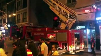 Sinop'ta bir otelin mutfağında yangın çıktı Video