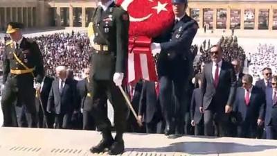 Cumhurbaşkanı Erdoğan başkanlığındaki devlet erkanı Anıtkabir'i ziyaret etti - ANKARA