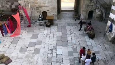 sinema filmi - 'İhtiyarlar Taburu' Suriyelilerin yardımına koşacak - KONYA