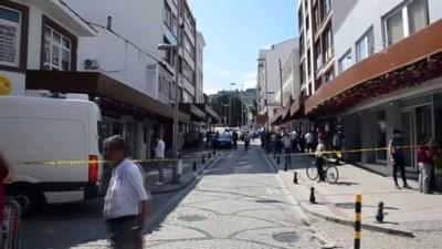 el bombasi - 5 el bombası ve lav silahı bulundu - KOCAELİ